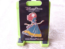 Disney* BRAVE PRINCESS MERIDA w/ BOW * Blue & Gold Gown * New Trading Pin