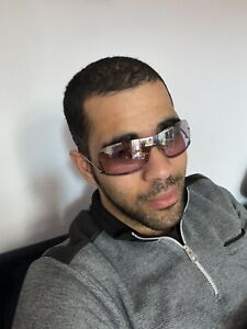 Gucci mens sunglasses Used please read description below before bidding