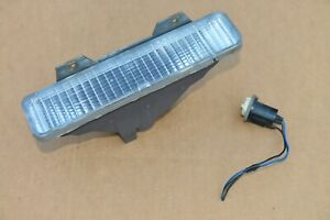 80-85 Delta 88 Custom Cruiser Park Light Front Bumper Turn Signal Marker Right