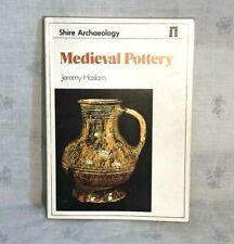 1984 Mittelalter Keramik Buch von Jeremy Haslam Auenland Archäologie
