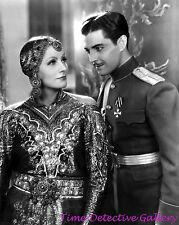 "Actress Greta Garbo & Ramon Novarro in ""Mata Hari"" (2) - Celebrity Photo Print"
