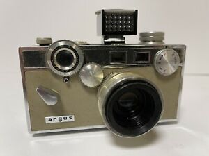 "Argus C-3 Match-Matic Camera (""The Brick"")"