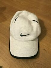 Nike Running/Tennis Hat Light Grey