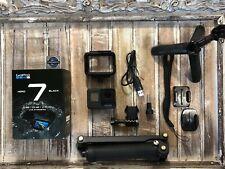GoPro Hero7 Black CHDHX-701 + 64GB Card + 3-Way Arm + Shorty