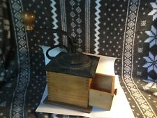 GREAT VINTAGE MANUAL HAND CRANK CAST IRON & WOOD COFFEE GRINDER MILL