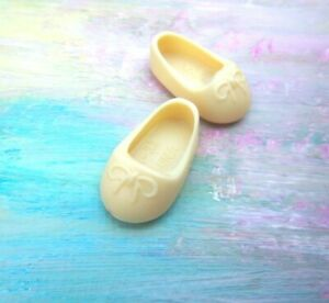 Kelly Chelsea Small Doll Clothes *1p Solid Cream Ballet Slippers/Shoes* matte