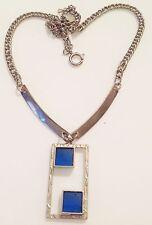 collier vintage art déco couleur argent pendant gravé avec vitrail bleu R