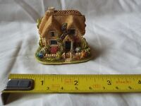 LILLIPUT LANE QUEEN OF HEARTS