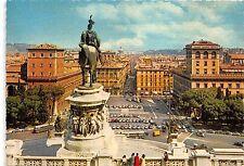 BG13673 car voiture bus auto sculpture postcard piazza venezia   roma   italy