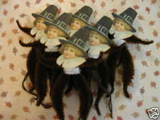 PRIMITIVE VINTAGE STYLE THANKSGIVING PILGRIM ORNAMENTS CHENILLE FEATHER TREE