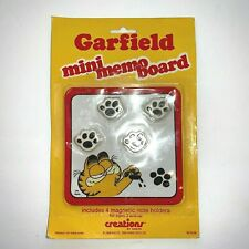 Garfield the Cat Mini Memo Board with 4 Paw Magnets