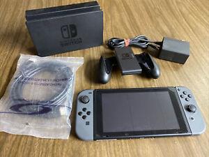 Nintendo Switch (HAC-001) 32 GB, Black, Gray Joy-Con, Video Gaming Console