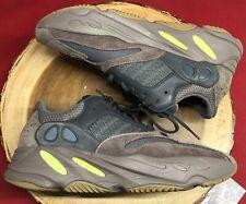 adidas Yeezy Boost 700 Mauve 100% Authentic EE9614 Sz 12.5