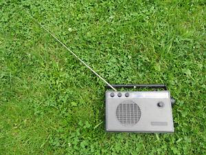 Transistorradio DDR Sound Solo VEB EAW getestet guter Zustand ! KULT !