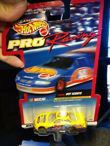 Hot Wheels Pro Racing #50 Boy Scouts NASCAR