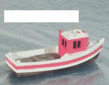 Harburn Hamlet QS411R Small Fishing Boat Forward Wheelhouse '00' Gauge New Card