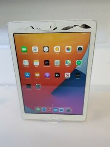 Apple iPad  (5th Generation) 32GB, Wi-Fi, Silver - FOR SPARES