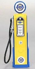New In Box  Road Signature 1/18 Scale  Diecast  CHEVROLET Digital Gas Pump