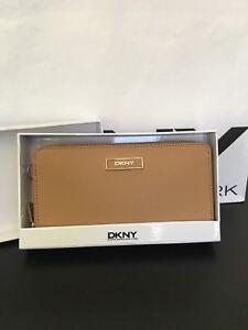 NWT New DKNY Donna Karan Saffiano Leather Zip Around Wallet Tan with Box $105