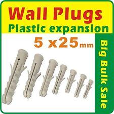 500 x Expanding Plastic Wall Plugs 5mm x 25mm Bulk Sale