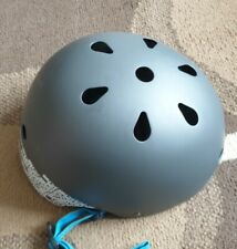 sixsixone bicycle helmet grey with blue strap in excellent condition
