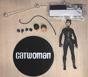 "DC Comics Mezco One 12 1:12 Collective Selina Kyle Catwoman Figure  6"" Complete"