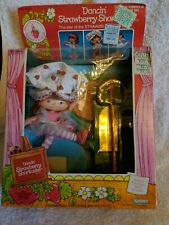 Dancing Strawberry Shortcake By Kenner Vintage 1983. New In Sealed Box