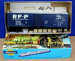 "Athearn Bev-bel 1973 HO RF&P 50' SD Boxcar kit Blue ""Linking North & South"" NIB"