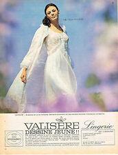 PUBLICITE  1966  VALISERE  lingerie ensemble de nuit