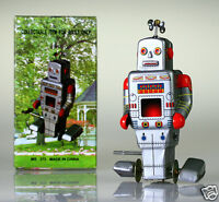 Retro Tin Side Stepping Robot Windup Toy Vintage Reproduction Collectable Gift