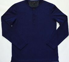 Banana Republic Navy Long Sleeves T Shirt . M