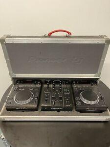 Pioneer CDJ 350 (Pair) and Pioneer DJM 350 Professional DJ Setup (2/2)