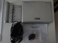 Mustek DVD PL 407 H Tragbarer DVD-Player 7'' silber mit Tasche von hama und Fern