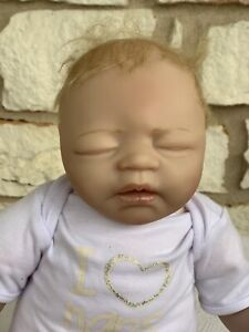 Paradise Galleries Reborn Baby Doll I love naps