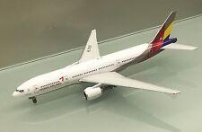 Phoenix 1/400 Asiana Airlines Boeing 777-200ER HL7597 die cast metal model