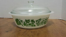 Glasbake 2 QT. Covered casserole w/ lid #J514 Green Herb pattern USA