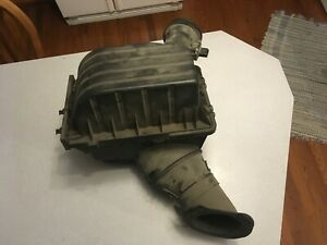 2006-2010 Ford Explorer Mercury Mountaineer Air Cleaner Filter Housing Box 4.0L