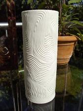 Op Art HUTSCHENREUTHER  mattweiße Biskuit Vase ZEN-Motiv ca.18,2 cm Stangenvase