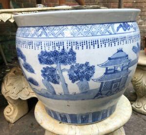Large Chinese blue white fish bowl Vase 19th century Porcelain Jardinière Plant