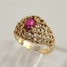 VINTAGE SOLID 18K GOLD & RUBY FILIGREE-ROPE MOTIF DOME RING, 6 gms, size 8, VG