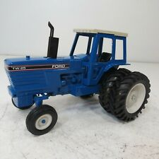 Ford TW-25 w/Duals - by Scale Models- 1/16th