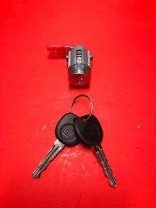 2008-2013 CADILLAC CTS DRIVER DOOR LOCK CYLINDER 2 KEYS OEM NEW DL158
