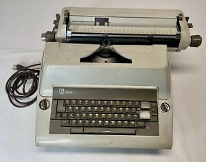 1967 Royal Litton Electric-Vintage Typewriter with Cover