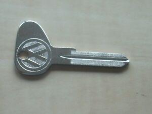 Schlüssel Rohling Zündschlüssel neu VW Käfer Karman Ghia Profil M 111837219AS92