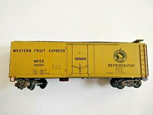 S Scale American Models Western Fruit Express WFEX69363 Reefer Rolling Stock