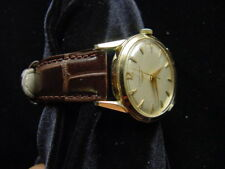 SUPERB MAN'S LONGINES 14KT GOLD WRISTWATCH. NICE LUGS. GOOD RUNNING ORDER.