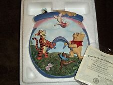 DISNEY WALL PLAQUE WINNIE THE POOH LIMITED EDITION