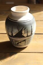 Signed Navajo Vase 6 X 4.5 inches