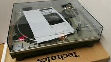 Technics 1200 MK2 Turntable Mint Condition with New Technics dust cover