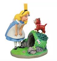 Disney  2020 Alice In Wonderland & Dinah Cat SKETCHBOOK ORNAMENT